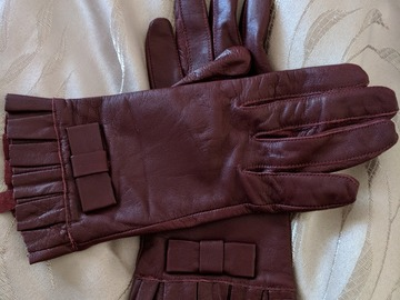 For Rent: Alannah Hill Burgandy Leather Gloves