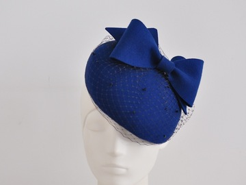 For Sale: Beret with Folded Bow