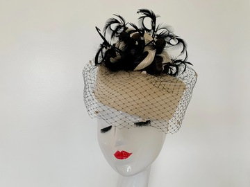 For Sale: Cream and Black Silk Abaca Fascinator