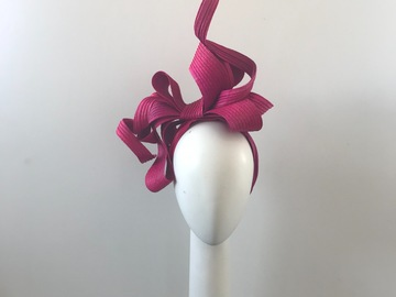 For Sale: Pink bow headband