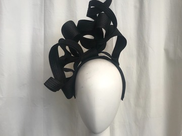 For Sale: Black bow fascinator