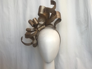 For Sale: Metallic gold bow band