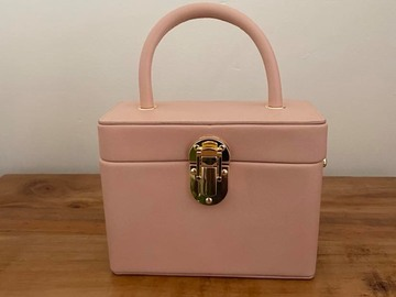 For Rent: Truxie Top Handle Box Bag