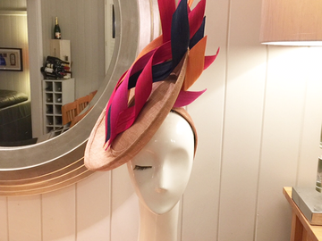 For Sale: Bespoke Marilyn van den Berg fascinator