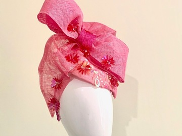 For Sale: Showstopper Side Beret with Bow and Sparkles