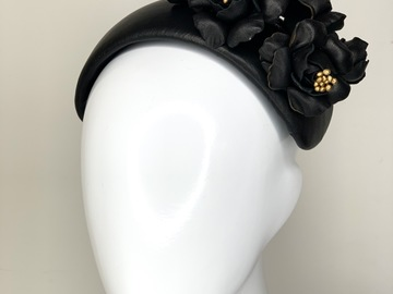 For Sale: Bouquet Bandeau in Black & Gold