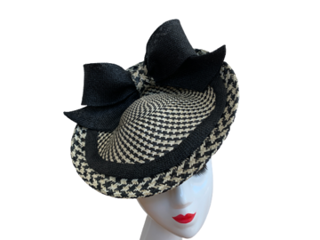 For Sale: Black and Cream Fascinator